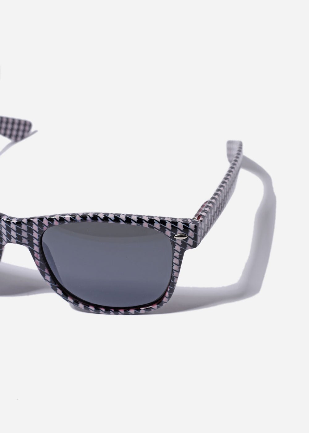Houndstooth Print Sunglasses- Black