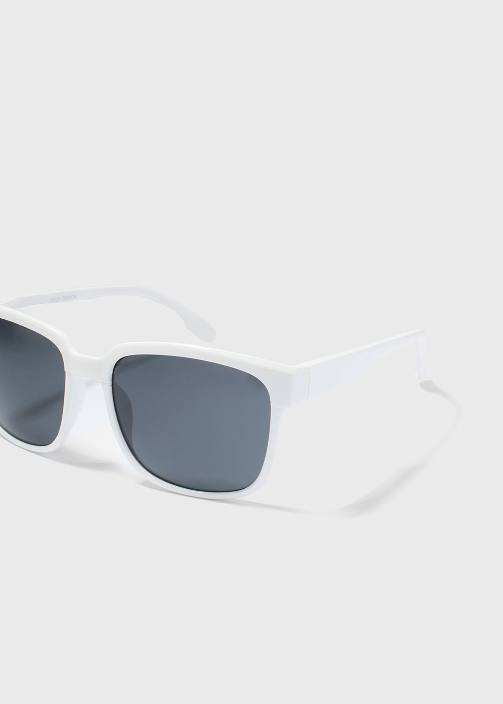 Chic Square Sunglasses- White