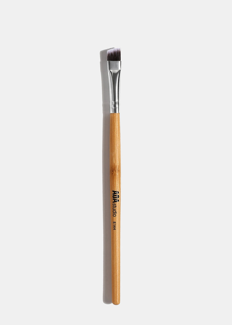 A+: E144 Angled Brow Brush