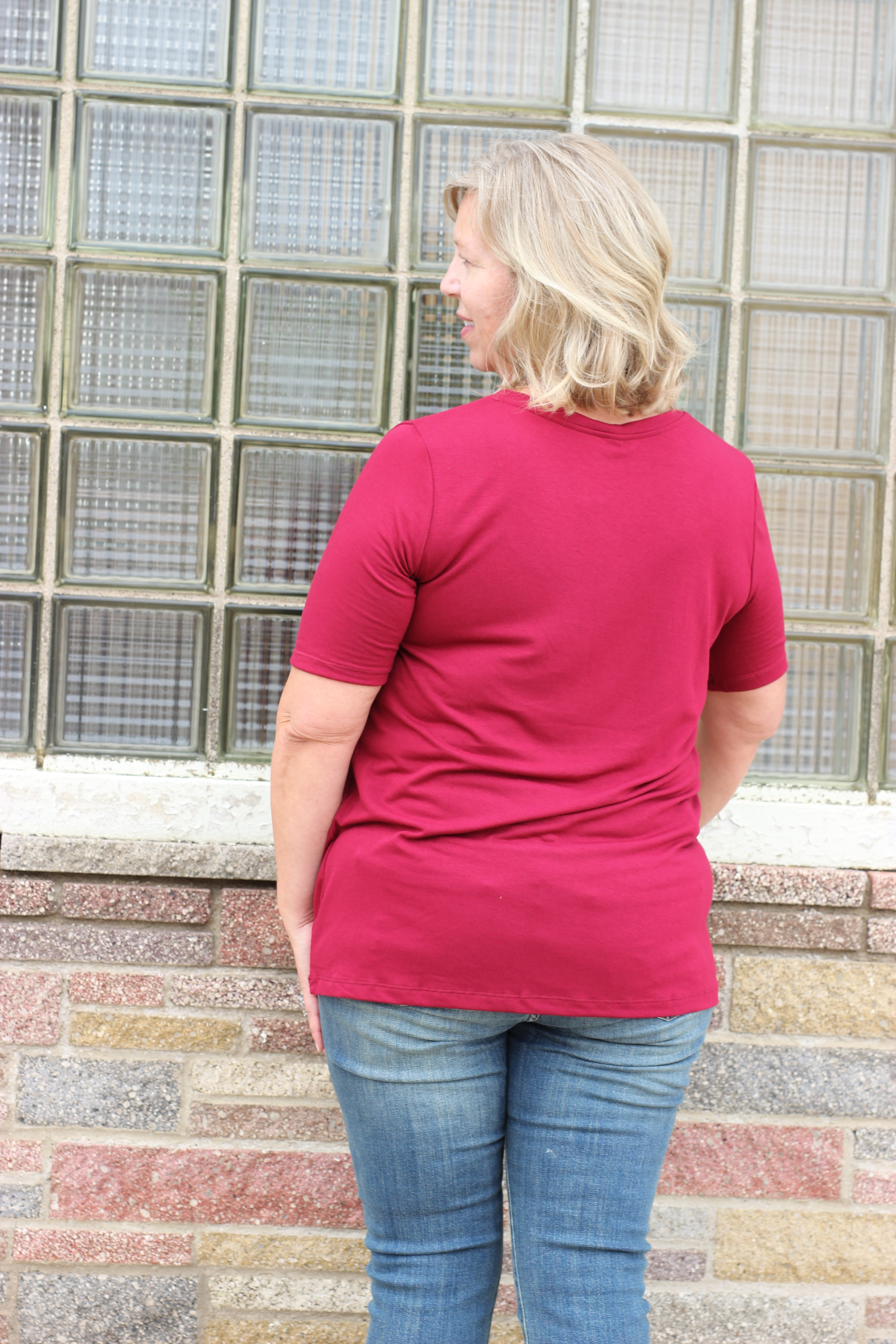 The Curvy Basic Top 3 - JQ Clothing Co. - Oakes ND