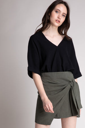 LINEN BLEND TIE FRONT SKIRT  55% LINEN 45% COTTON IMPORTED