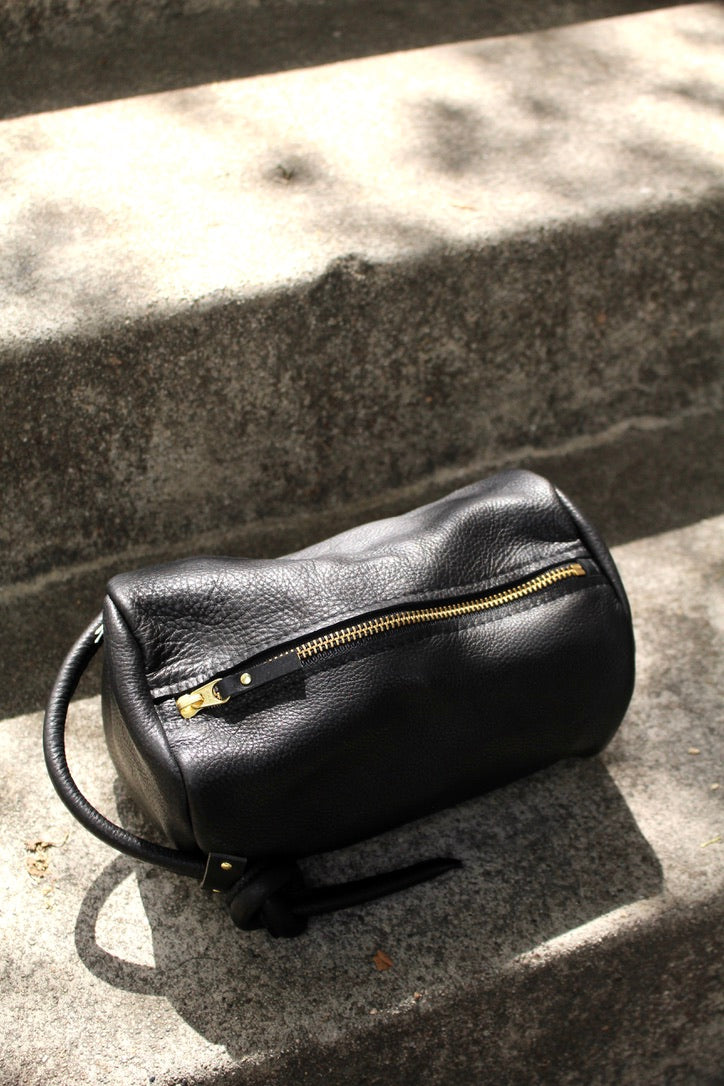 8.6.4 :: Leather Pouch, Black