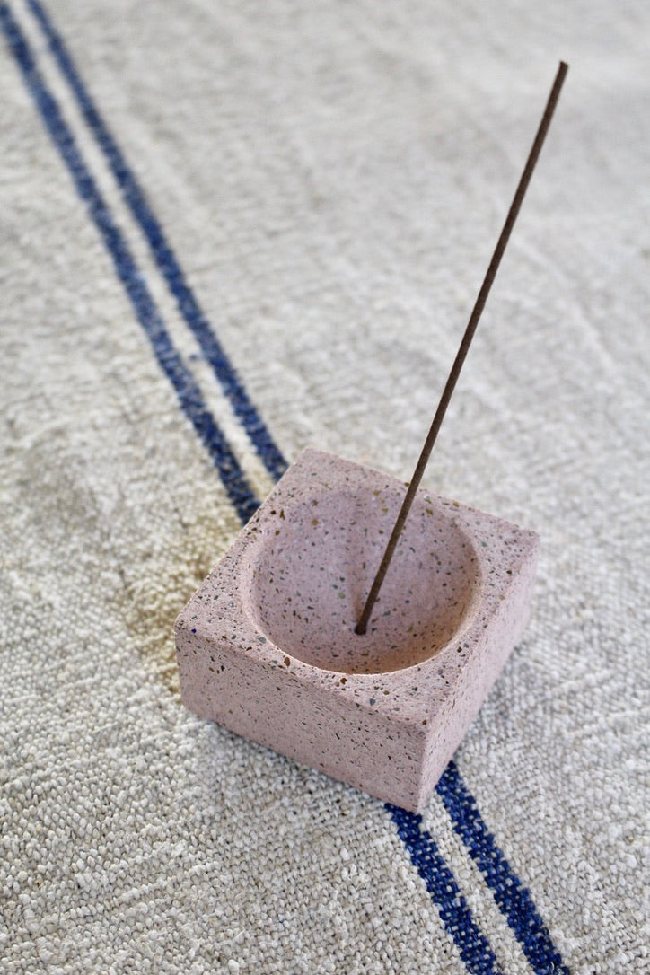 Pretti.Cool :: Square Incense Holder
