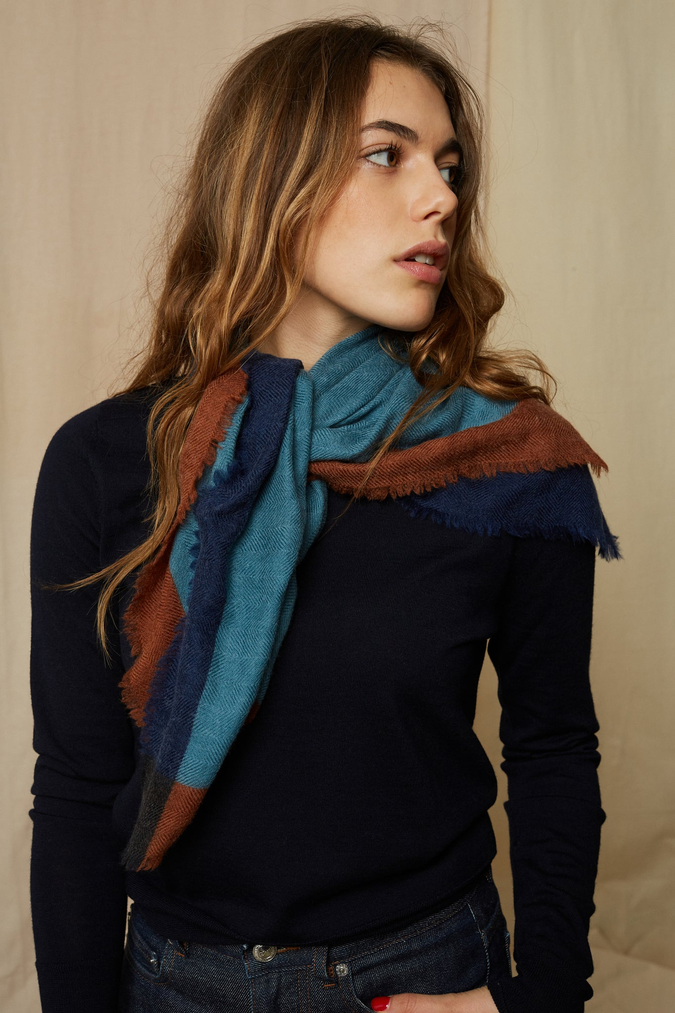 Moismont :: Scarf 446 Square, Dutch Blue