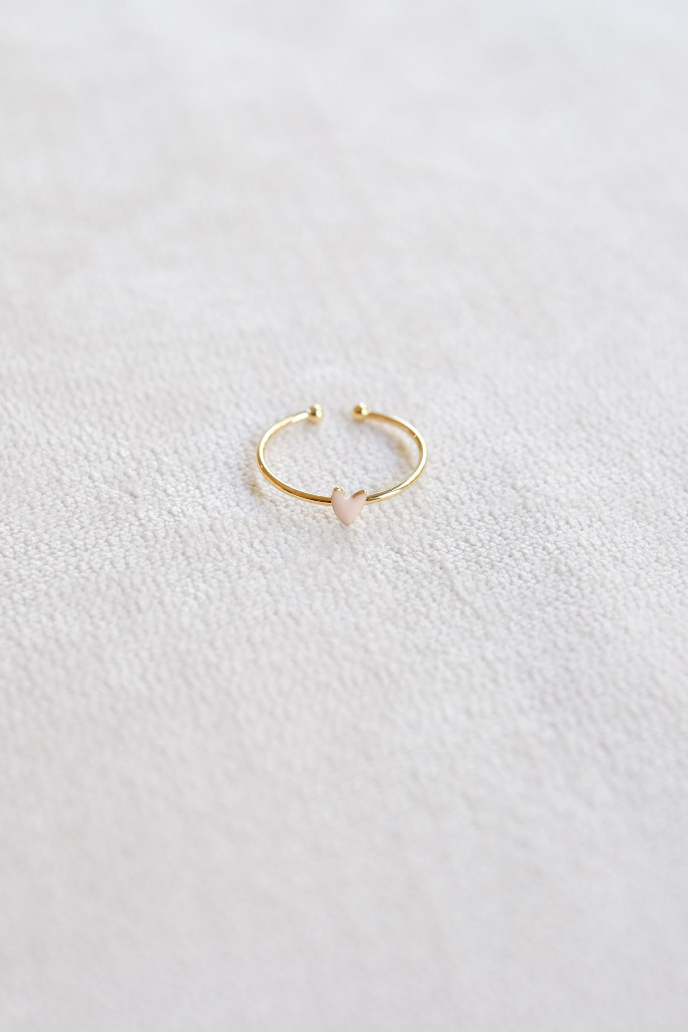 Titlee :: Pink Heart Ring