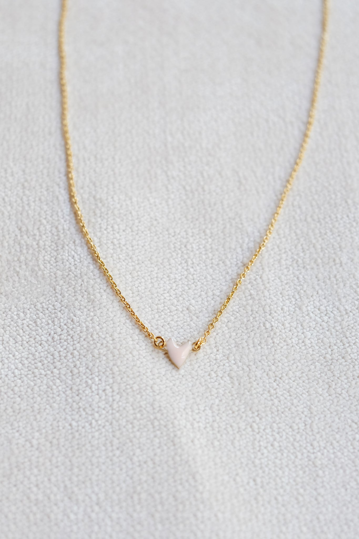 Titlee :: Pink Heart Necklace