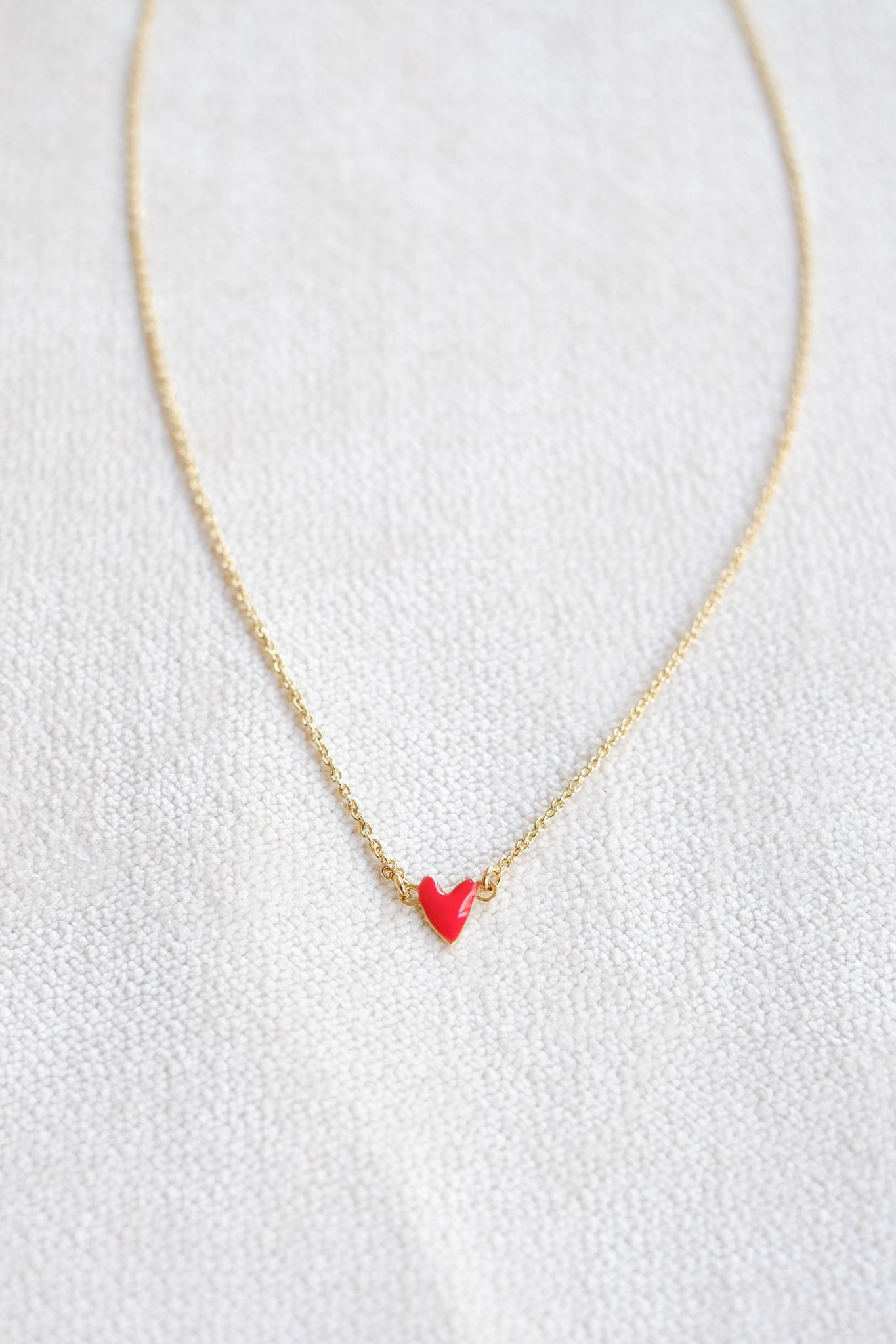 Titlee :: Red Heart Necklace