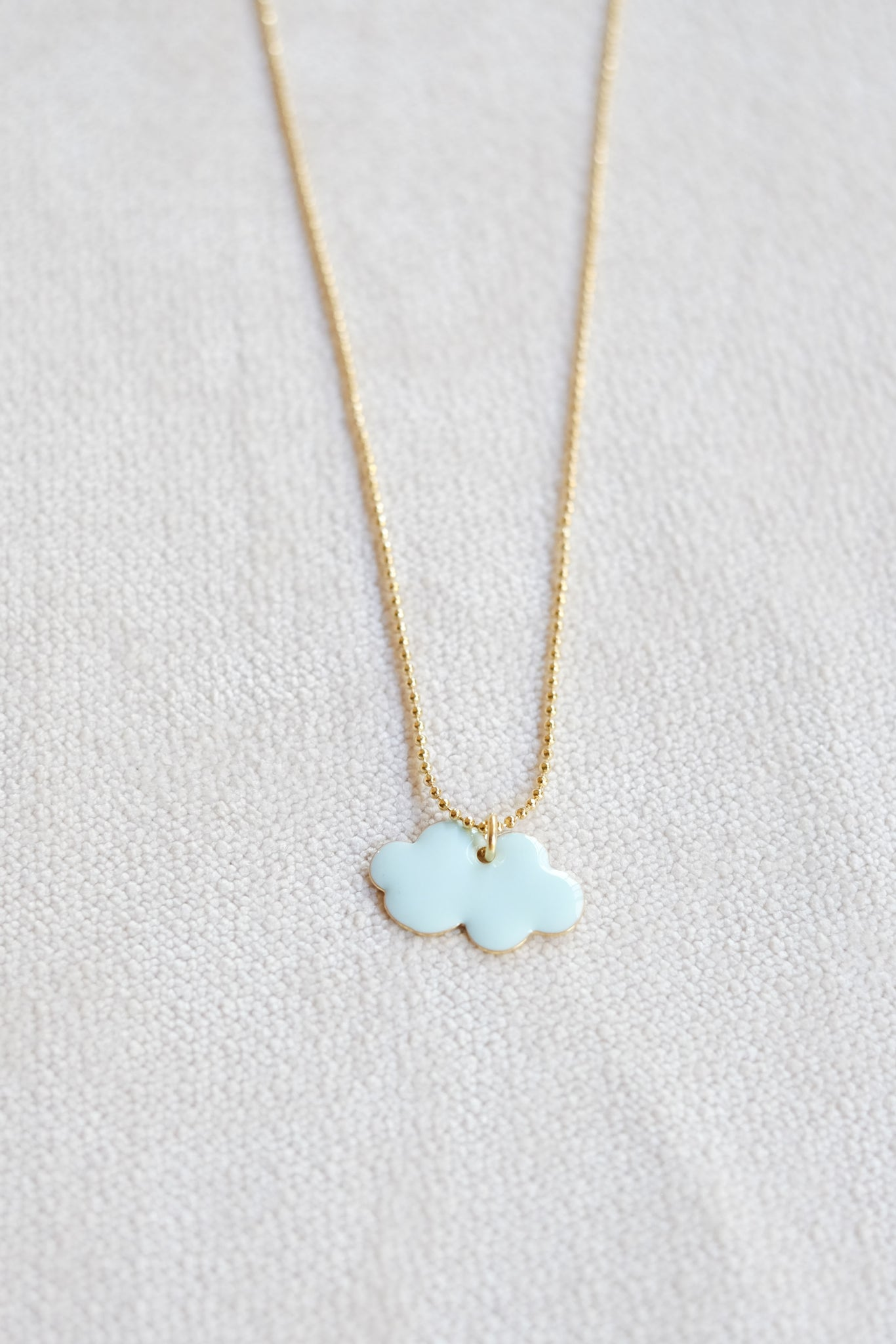 Titlee :: Cloud Necklace