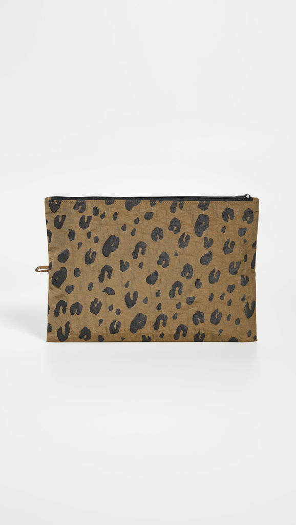 BAGGU :: Go Pouch Large, Olive Leopard