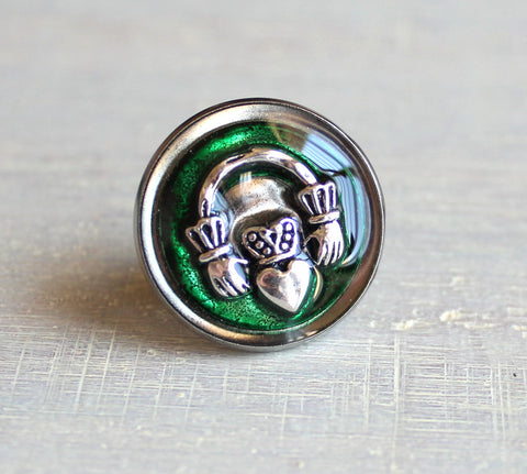 Claddagh tie tack / lapel pin - additional colors available