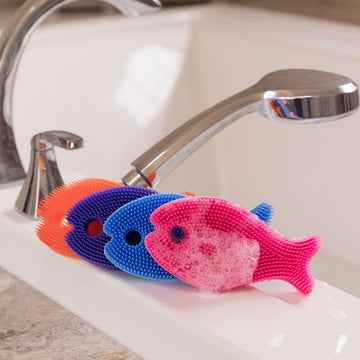 Innobaby - Bathin' Smart Bath Scrub (Fish)