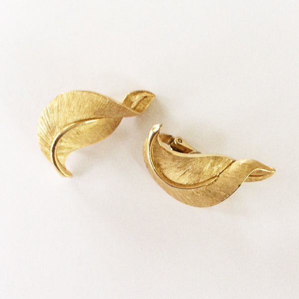 60s Vintage Crown Trifari Twisted Leaf Earrings
