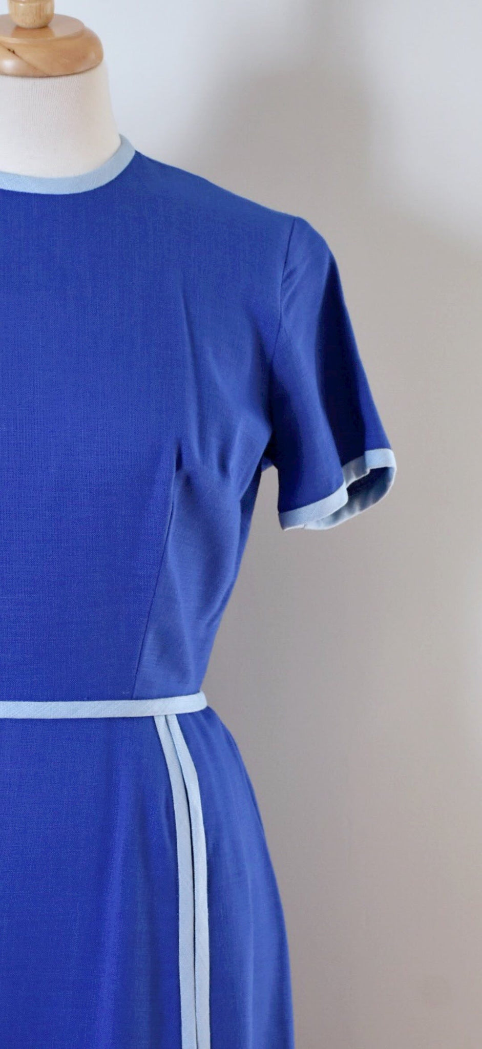 60s Vintage Blue Sheath Linen Day Dress
