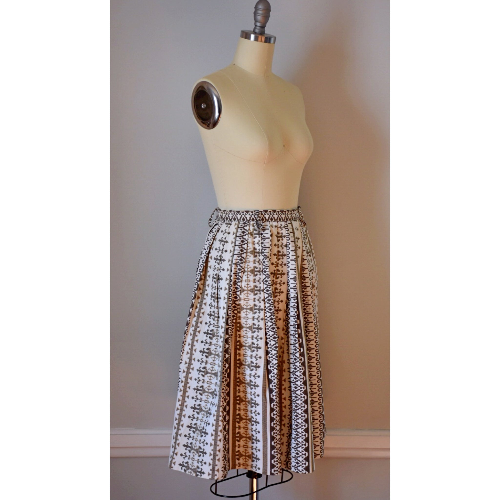 50s Vintage Novelty Print Skirt