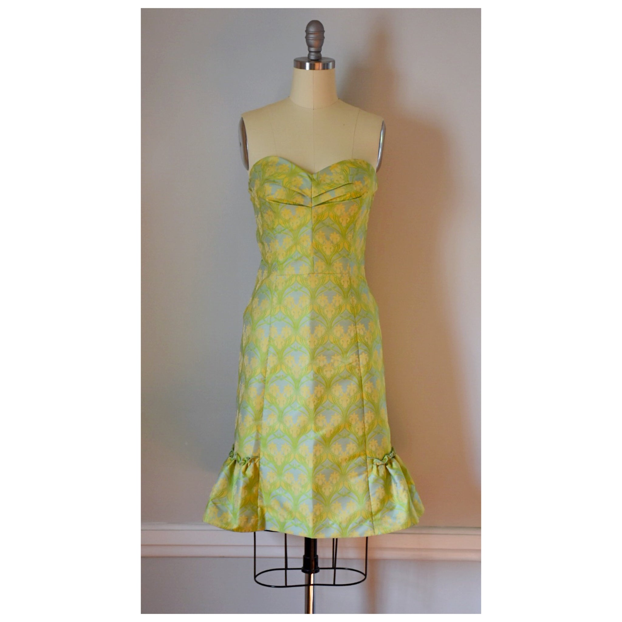 90s Sweetheart Party Dress
