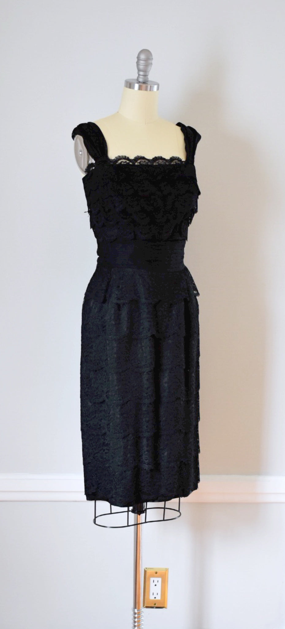 50s Vintage Black Lace Evening Dress
