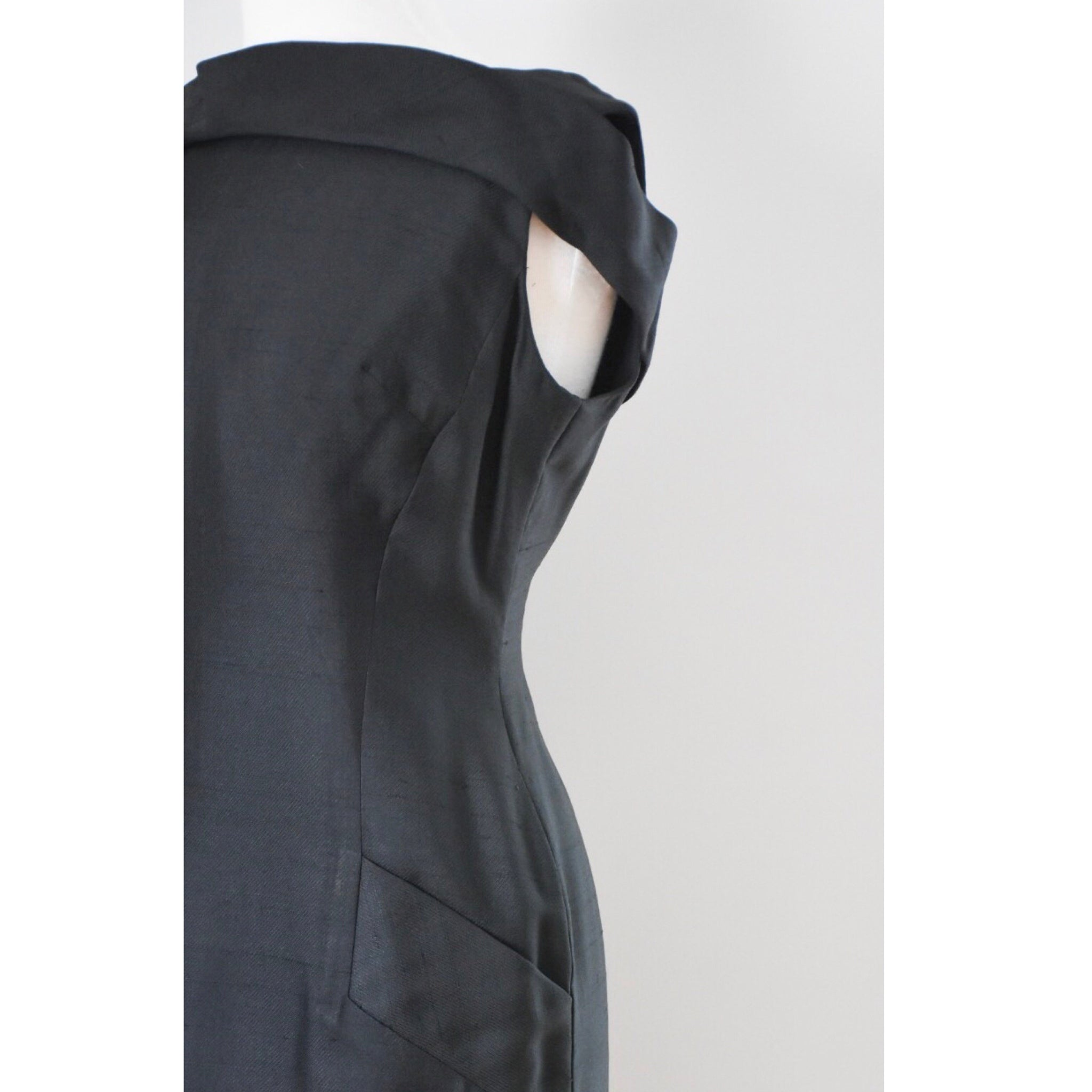 50s / 60s Black Sheath Dress from www.DuncanLovesTess.com
