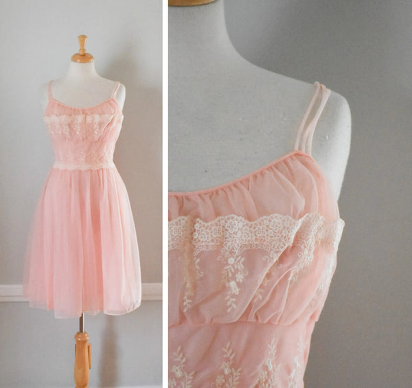 50s Vintage Ballerina Nightgown from DuncanLovesTess.com