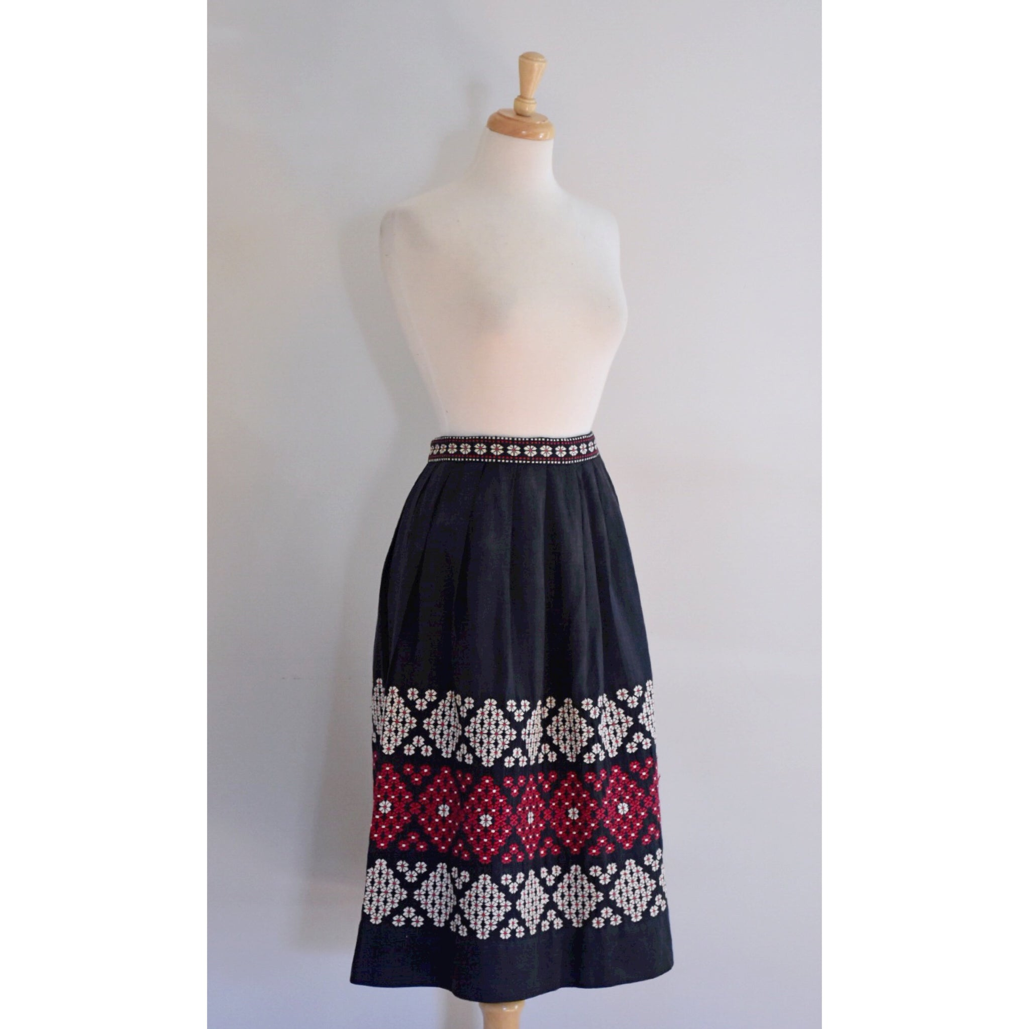 50s Vintage Rockabilly Skirt
