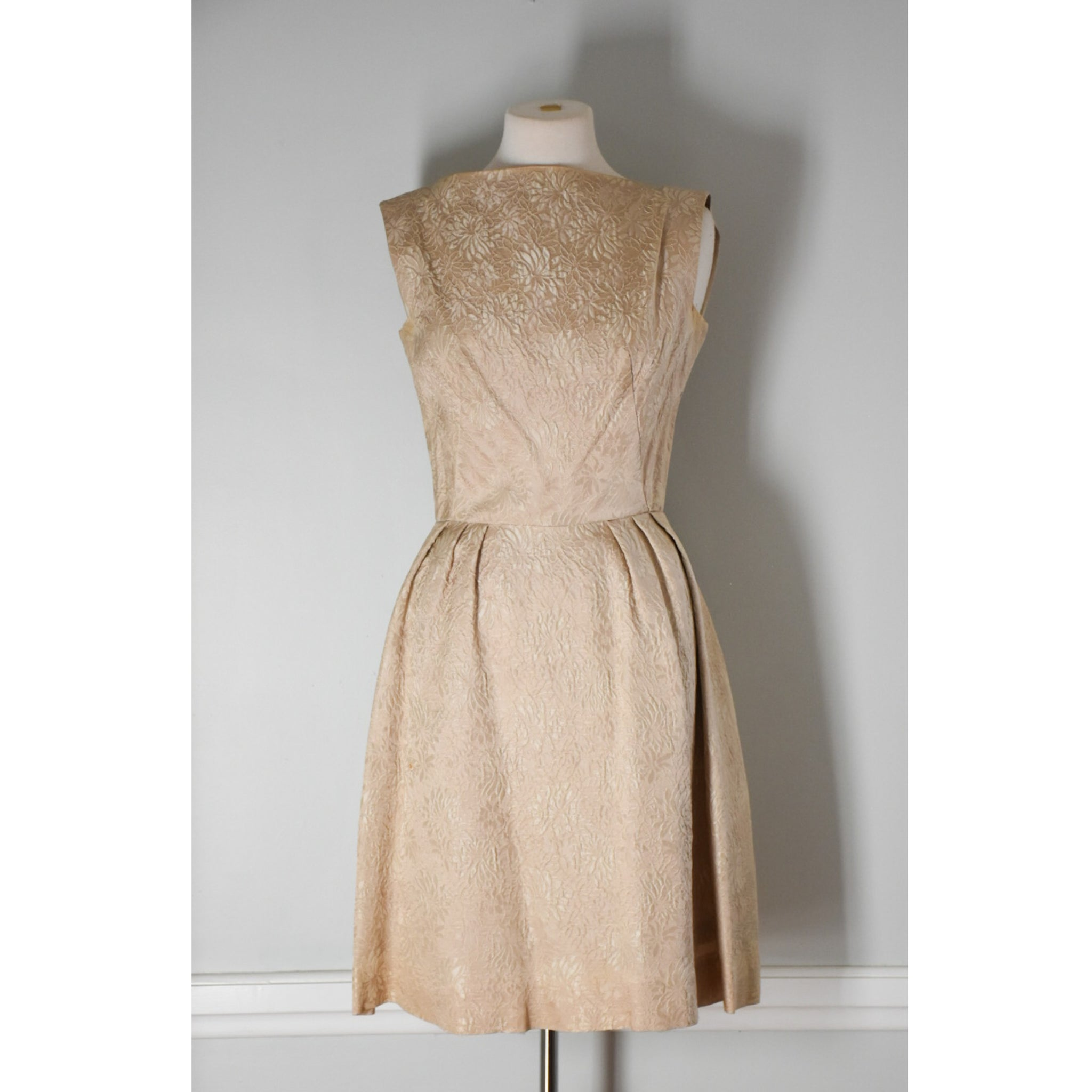 50s / 60s Brocade Dress from DuncanLovesTess.com