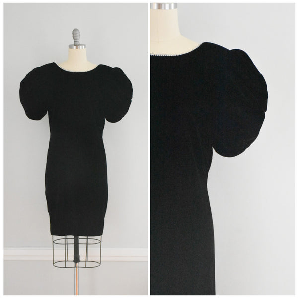 80s Black Velvet Dress from DuncanLovesTess.com