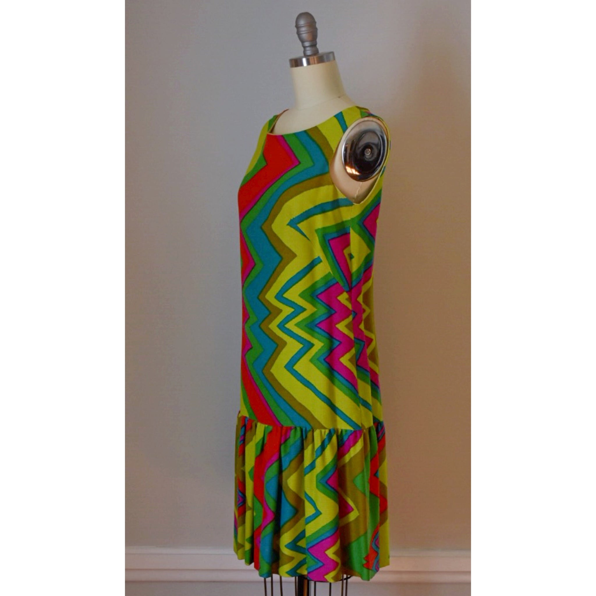 60s Vintage Lightening Bolt Dress