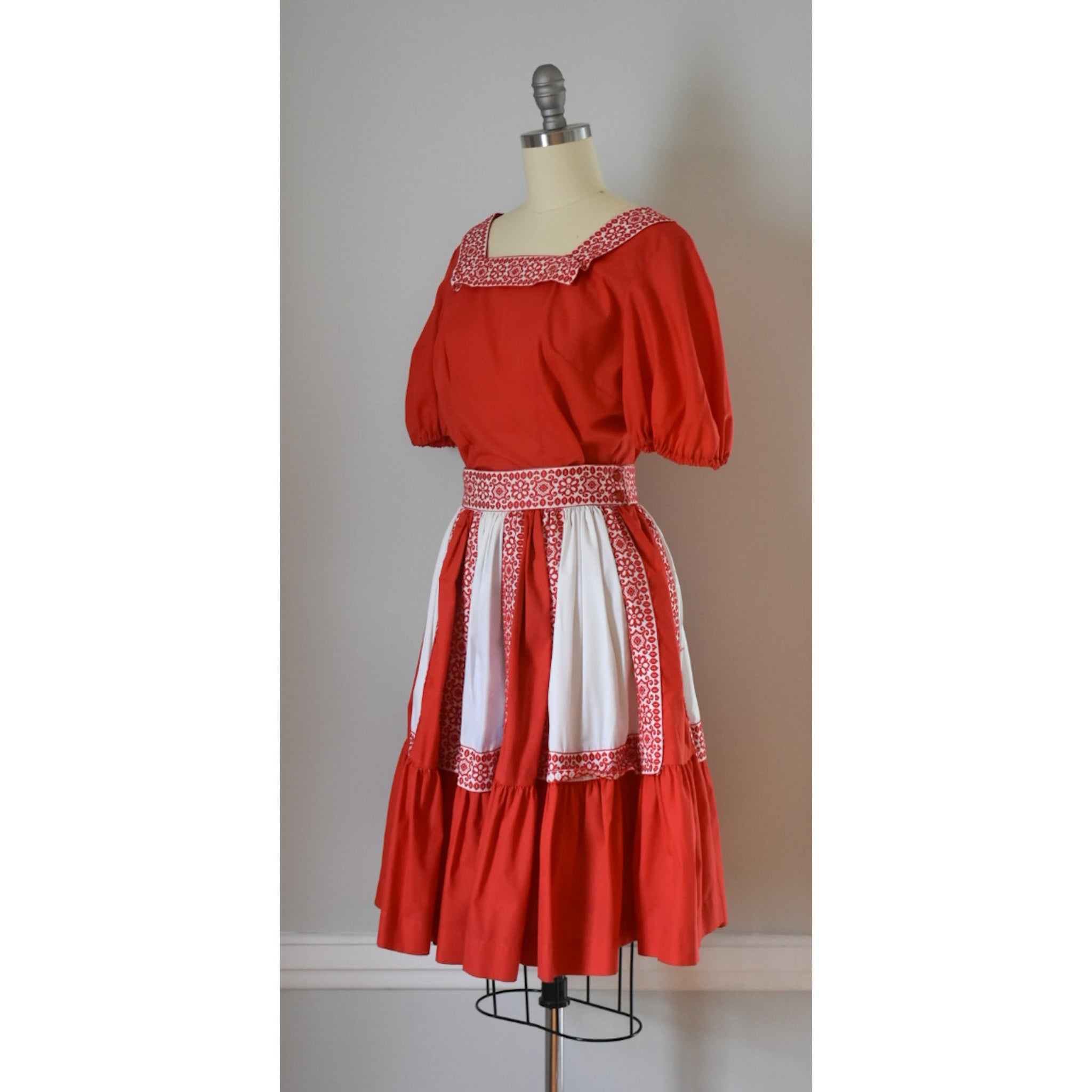 50s Vintage Patio Dress from DuncanLovesTess.com