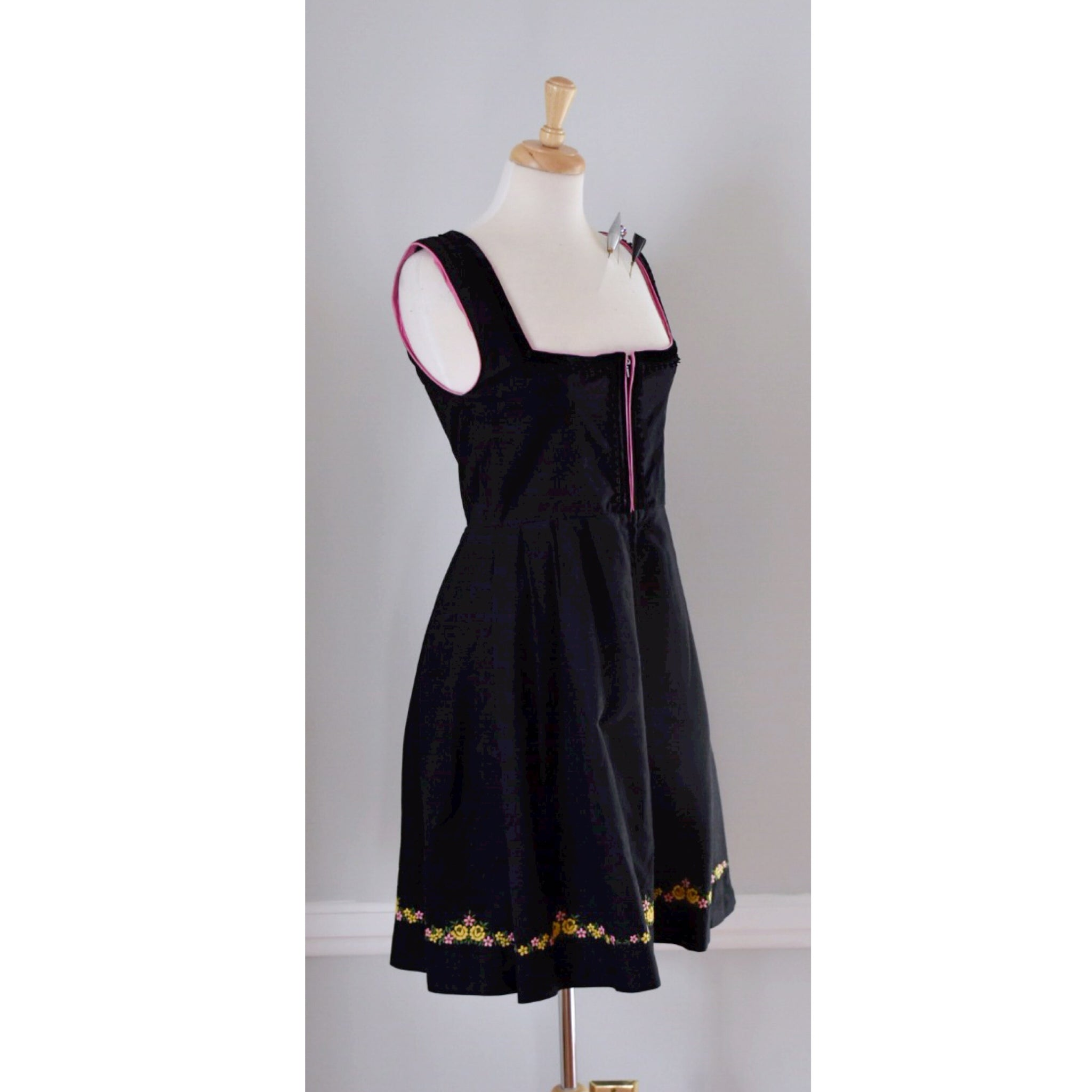 60s / 70s Vintage Cotton Dirndl