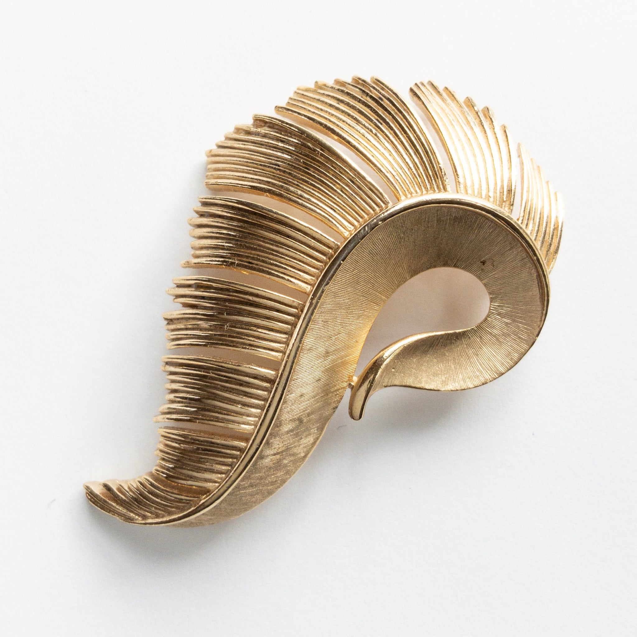 60s Trifari Abstract Leaf Brooch