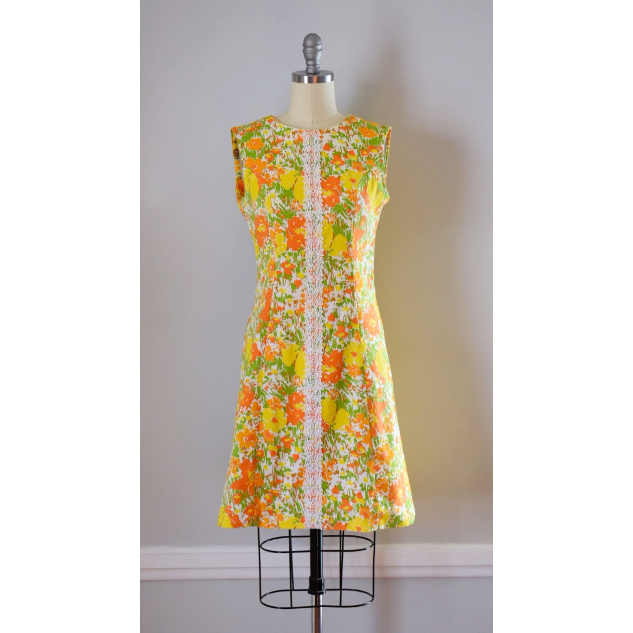 60s Vintage Mod Floral Aline Dress