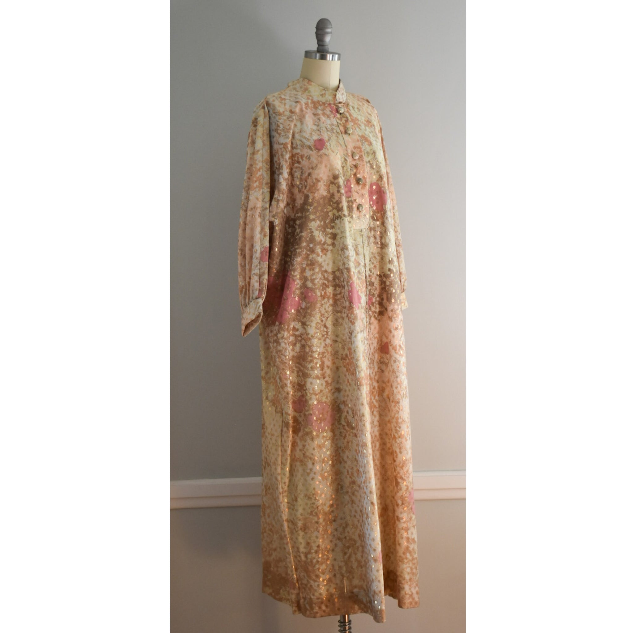 60s / 70s Vintage Lounge Craft Kaftan from DuncanLovesTess.com