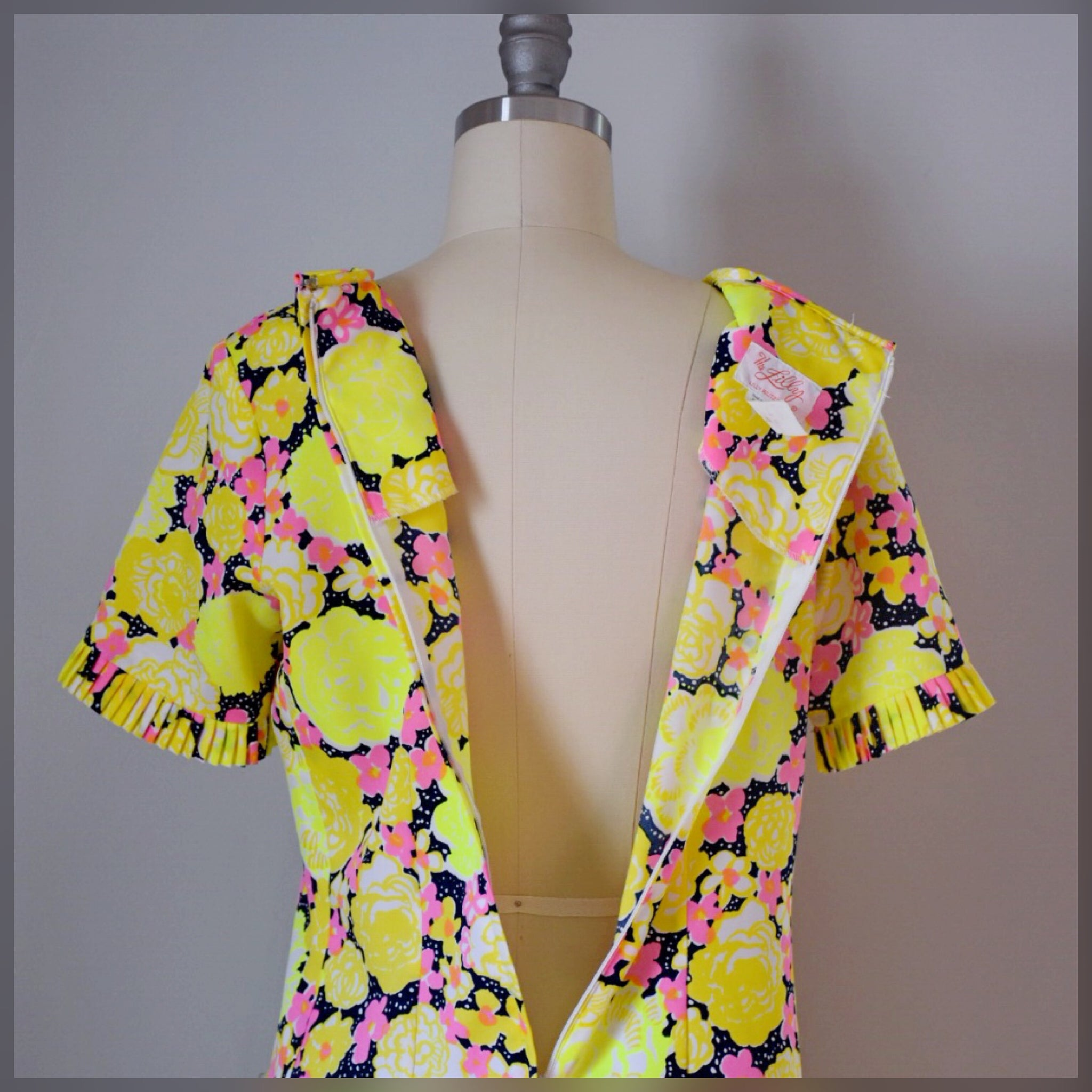 Vintage The Lilly dress from the 60s / 70s