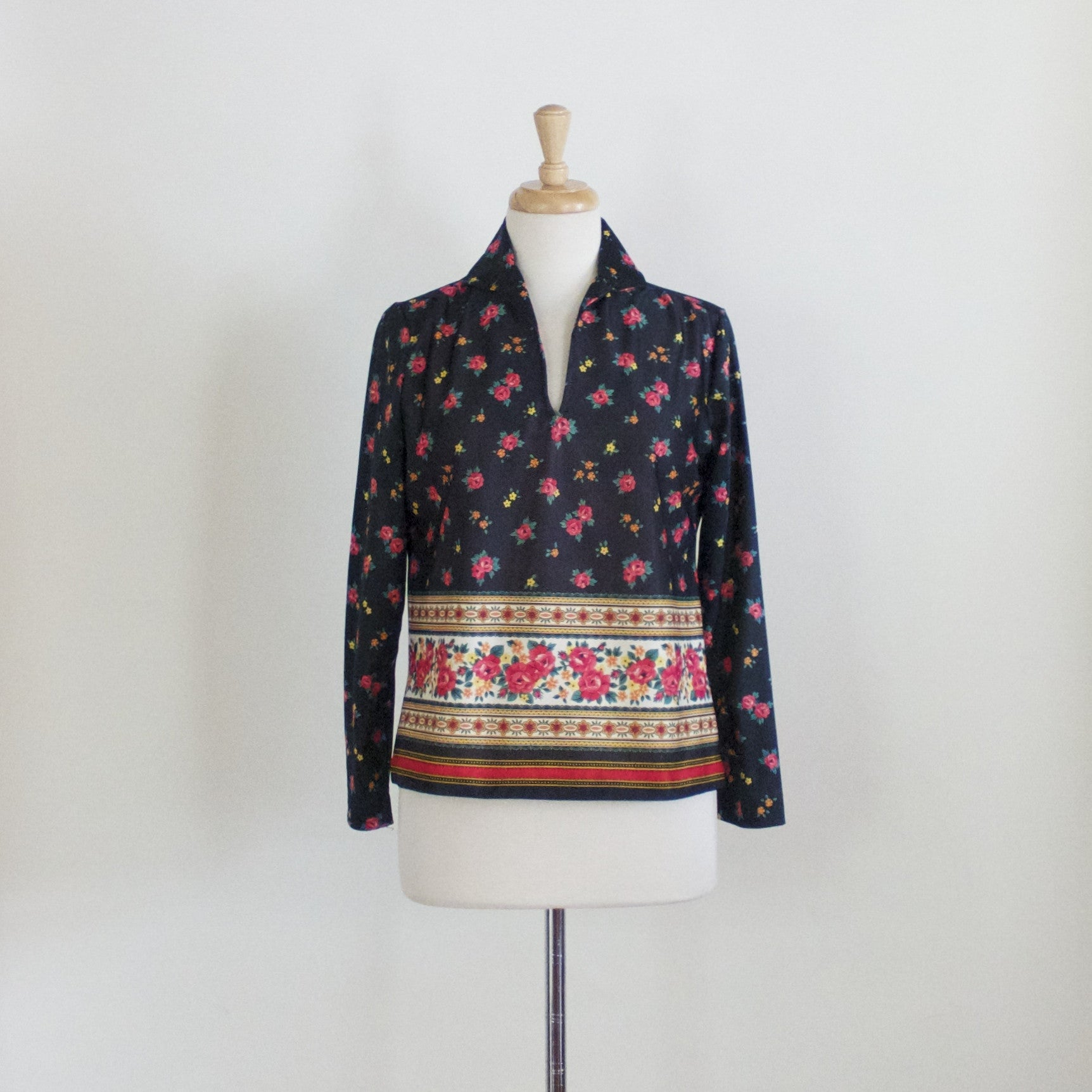 SOLD // 60s Graphic Polyester Blouse