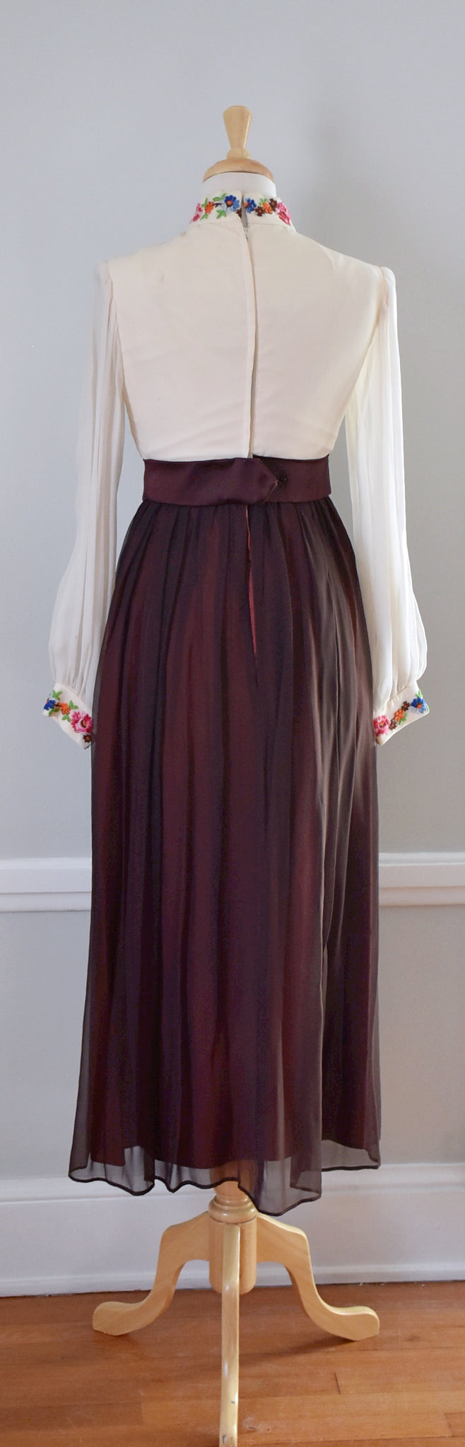 60s / 70s Chiffon Maxi Hostess Dress