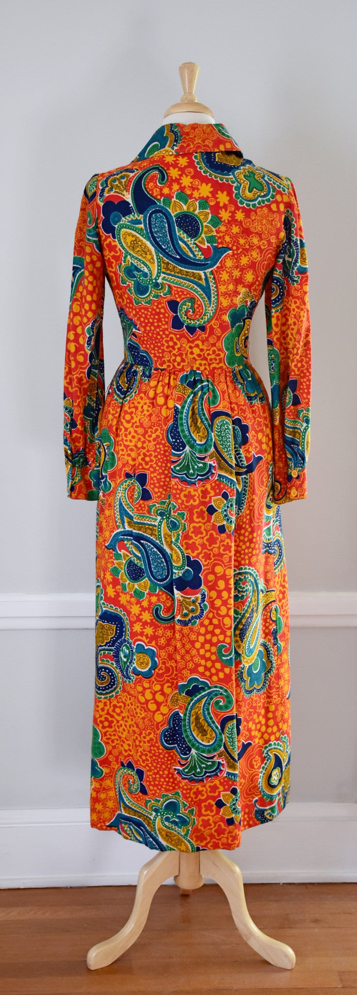 70s shirtwaist maxi dress