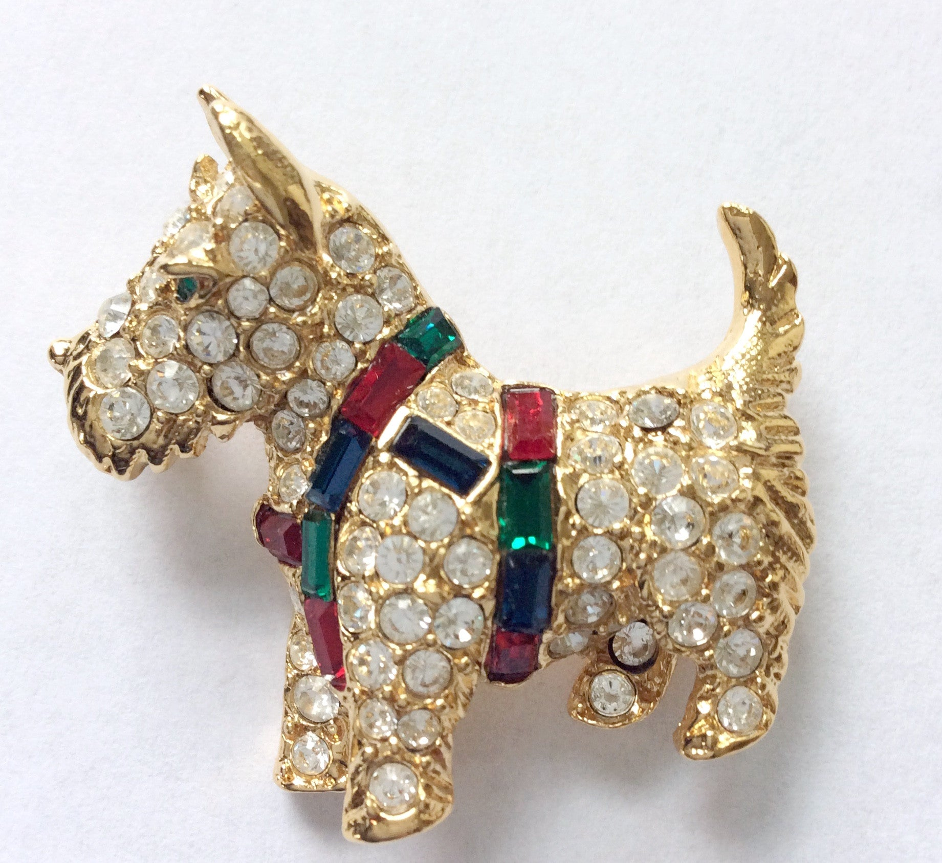 SOLD // Rhinestone Scottie Brooch
