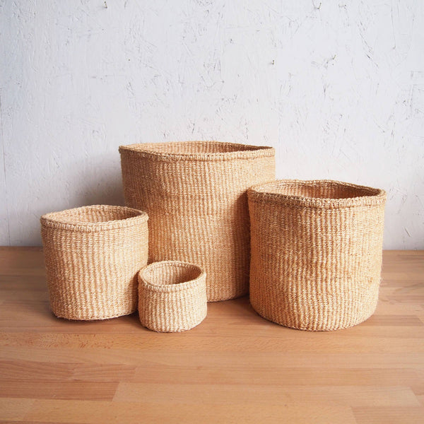 Natural Hand Woven Storage Basket - Small Oat