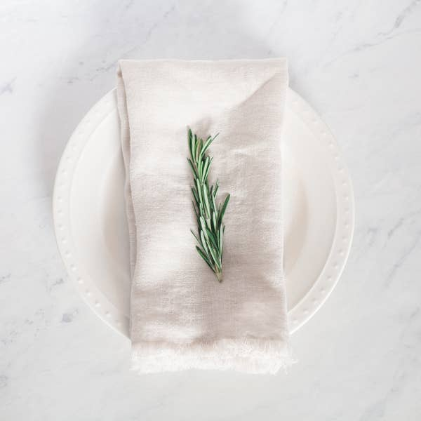 Frayed Edge Linen Dinner Napkin - Sandstone