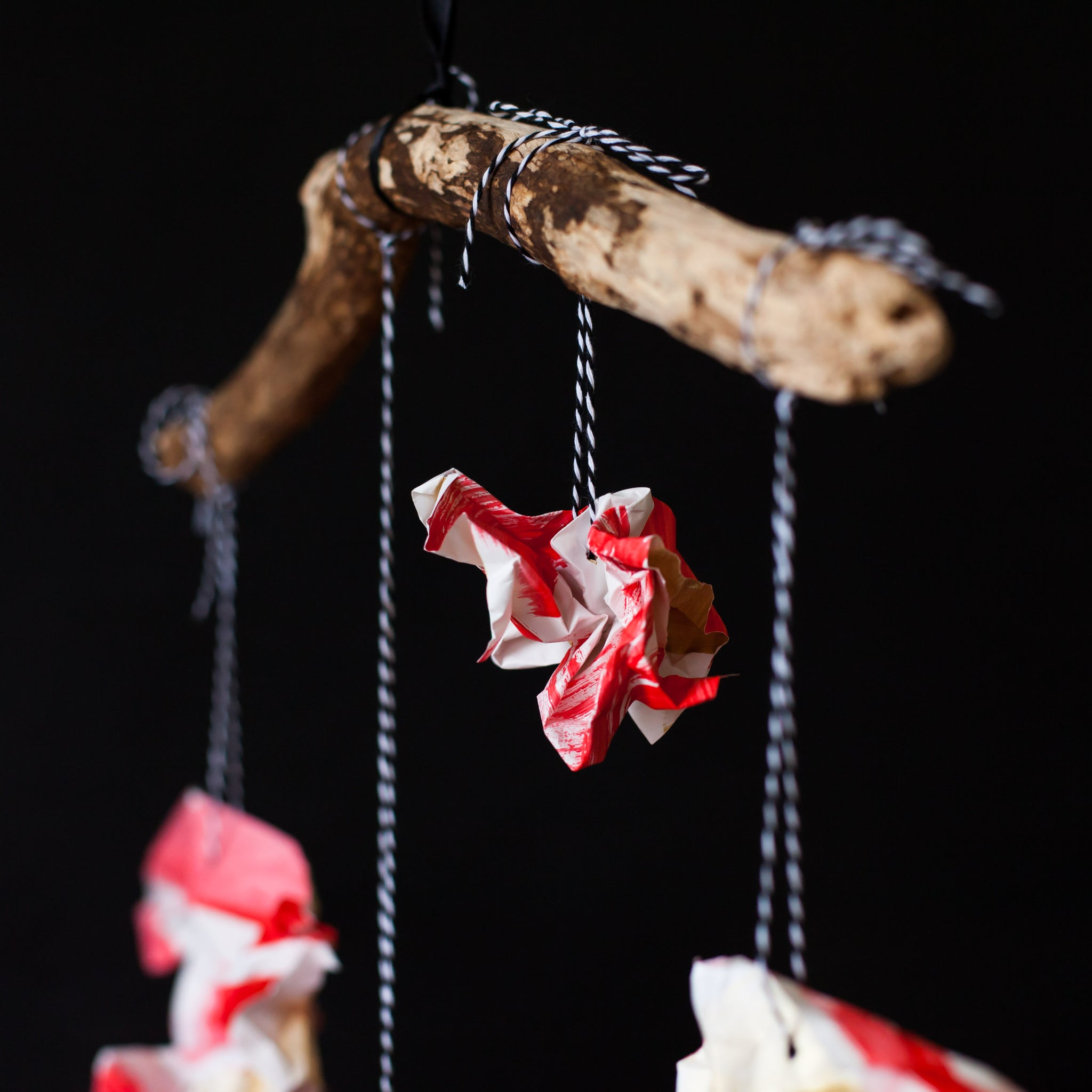 Holiday DIY Paper Ornament Mobile Detail-ApronEra