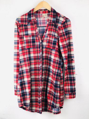 Women's Medium Re Flannel Button Front Top Passport