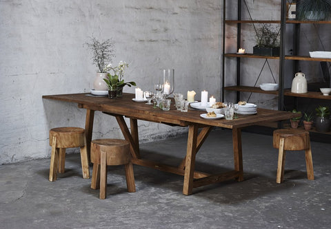 5bc2b0df7edb Teak furniture is hard wearing and highly resistant to decay and almost  immune to rain