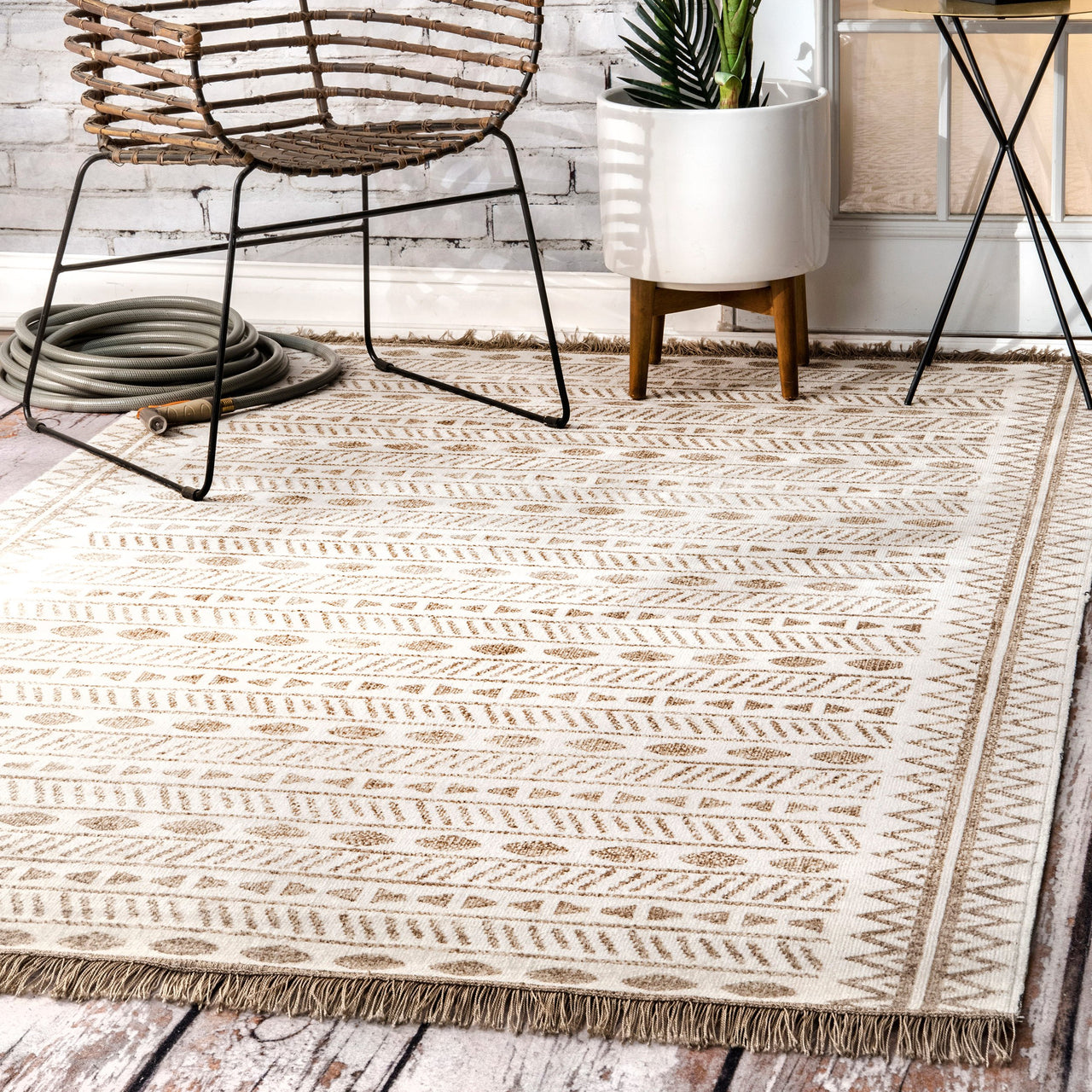 Indoor/Outdoor Tribal Angie Rug | touchGOODS