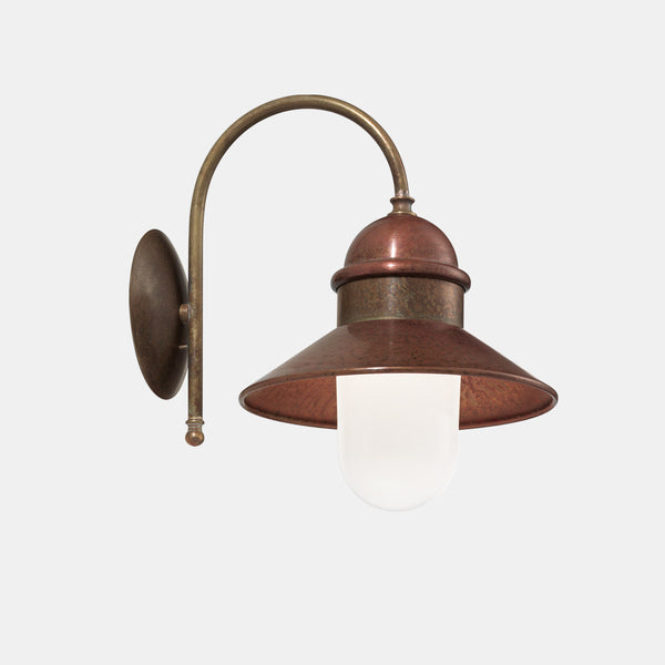 BORGO Outdoor Wall Sconce 244.06 | touchGOODS