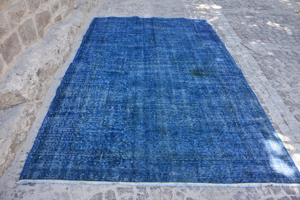 "Distressed Blue Over-dyed Vintage Rug 9' x 5'7"" - touchGOODS"