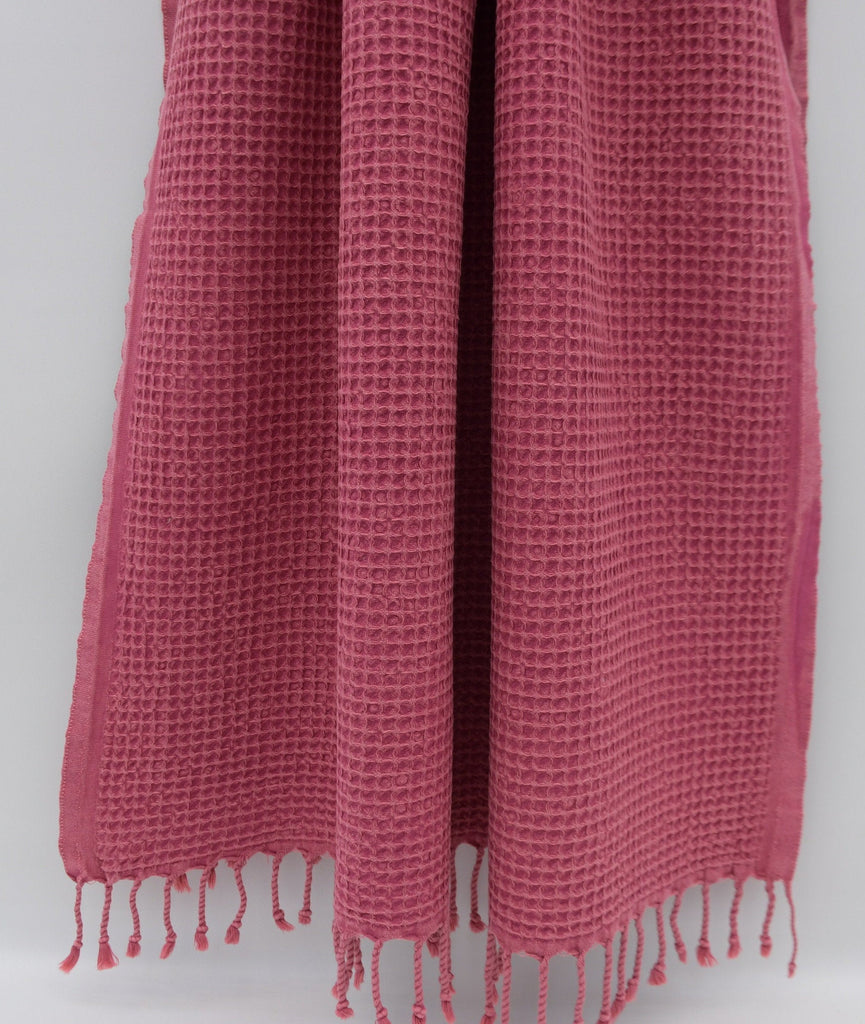 Stone Washed Turkish Waffle Bath Towel ~ Fuscia | touchGOODS