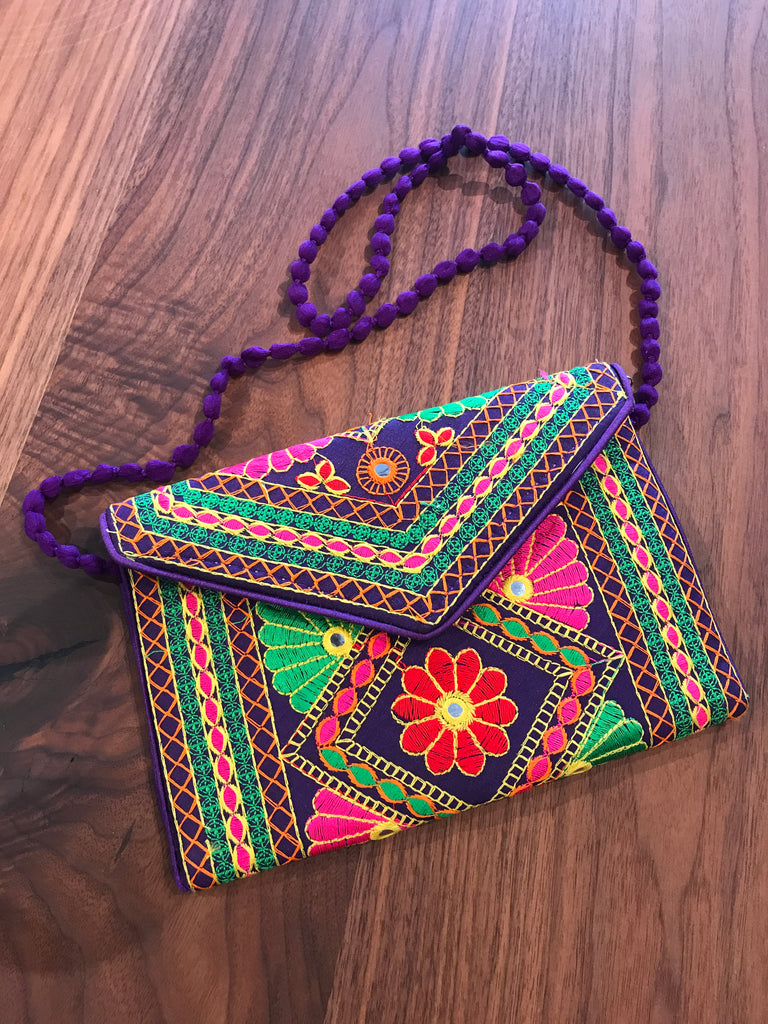 Bohemian Indian Clutch Bag | touchGOODS