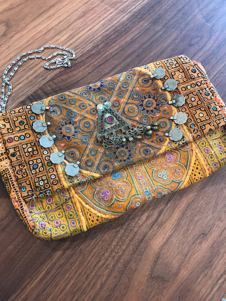 Assorted Bohemian Indian Clutch Bags | touchGOODS