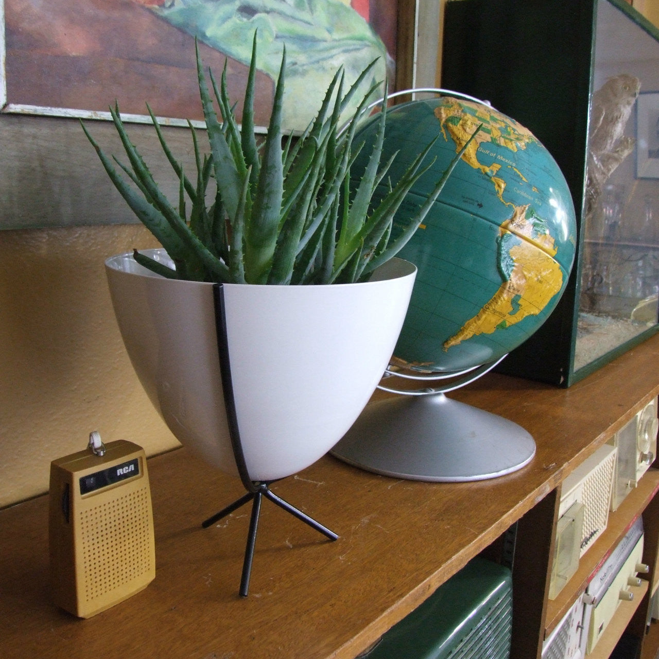 Mini Retro Planter - touchGOODS