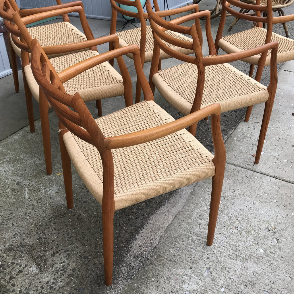 Gently Used Møller Model 62 Armchair - Set of 6 | touchGOODS