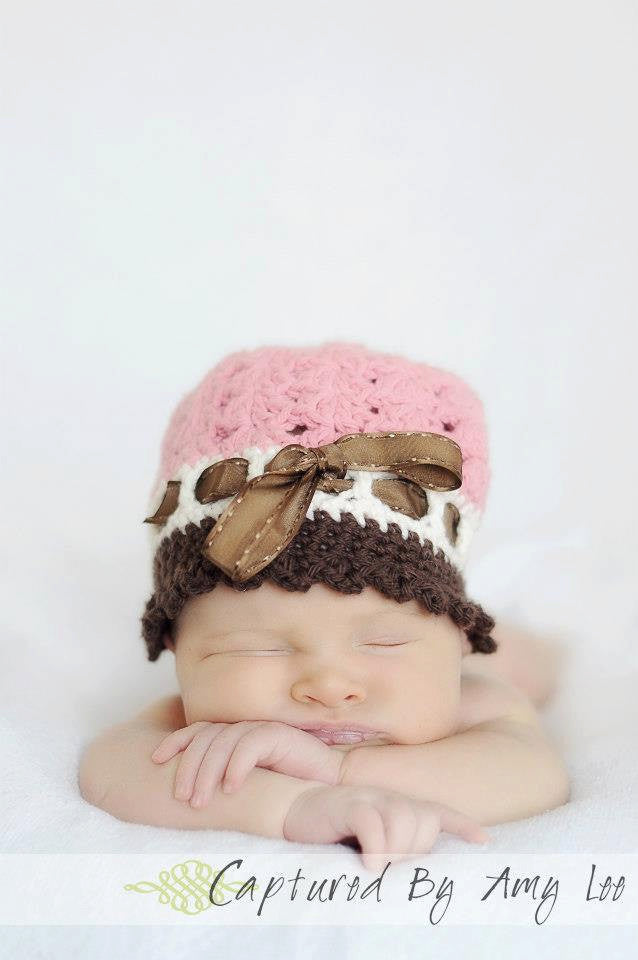 Cloche Baby Hat - Newborn Cloche Hat - Shell Style Cloche Hat - Crochet Cloche Hat - Newborn Photo Props - Custom Color Crochet Baby Hat